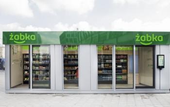 Польська роздрібна мережа Żabka відкрила магазин без каси